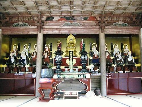 東光寺「羅漢堂」(徳和)