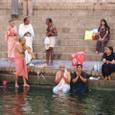 インド・ガンジス河の沐浴