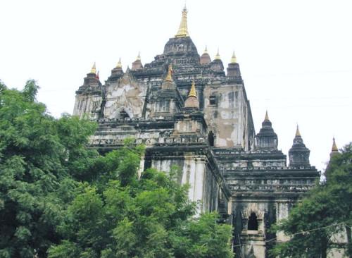 ダビィニュ寺院