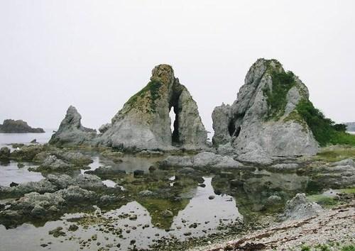 夫婦岩(高瀬)